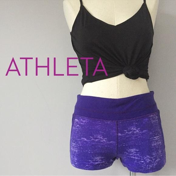 d91c11a90a Athleta Pants - Athleta crush connect 🔮 booty shorts Sz Medium